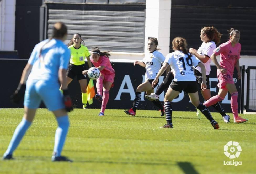 Valencia Féminas y Real Madrid Féminas se reparten los puntos con arbitraje murciano