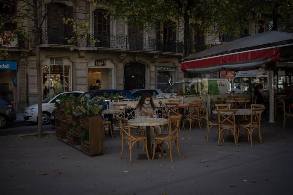 Cataluña atraviesa un domingo con una buena afluencia en comercios y restaurantes