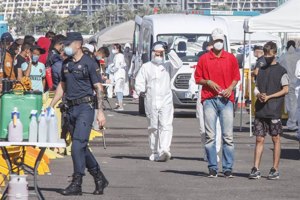 Fallece por covid un policía de Málaga tras participar en Canarias en el dispositivo por la llegada de inmigrantes