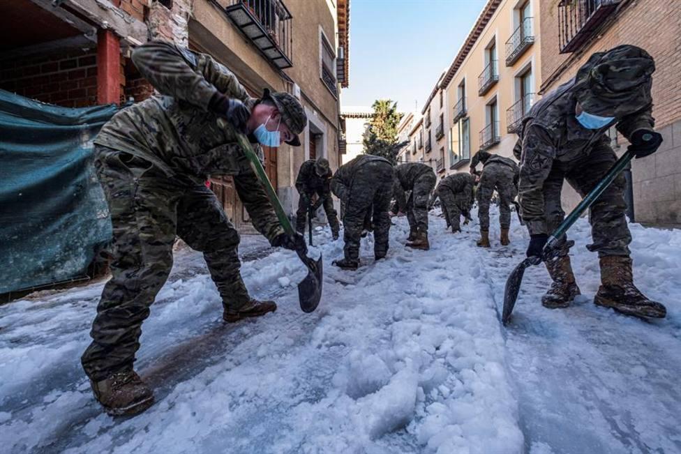Defensa incrementará el número de efectivos de la UME y aumentará su presupuesto