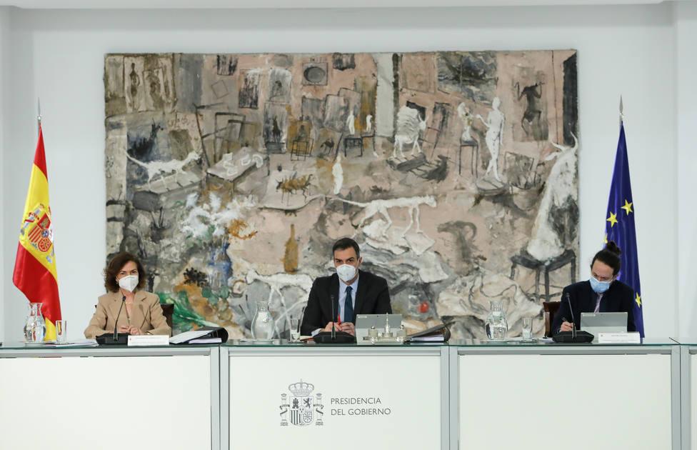 Sánchez releva a los delegados del Gobierno en Andalucía, Madrid y Galicia para aumentar su poder territorial