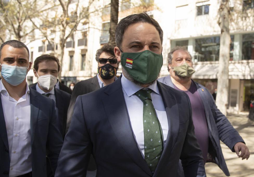 Abascal llama a las CCAA que dicen oponerse a Sánchez a llevar a cabo el levantamiento del toque de queda