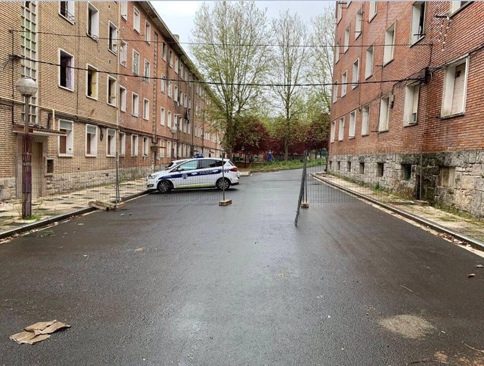 El Ayuntamiento de Vitoria tapia los pisos ocupados ilegalmente en Olarizu que ya han sido desalojados