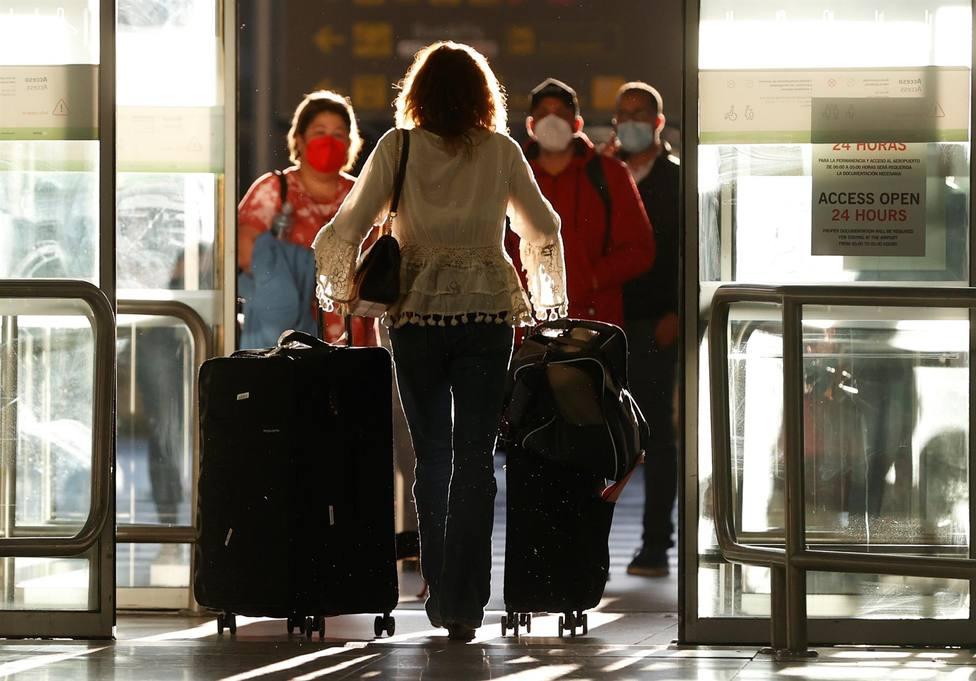 Todos los viajeros procedentes de la India están obligados a guardar una cuarentena