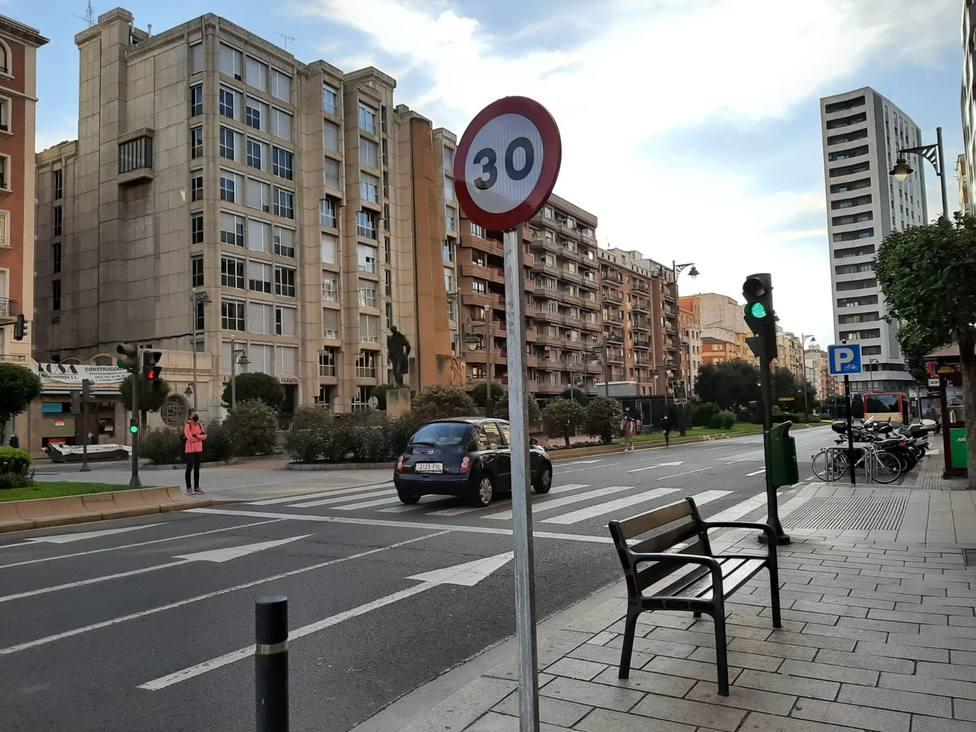 Las multas a las que te enfrentas si superas el límite de 20 o 30 km/h en tu ciudad