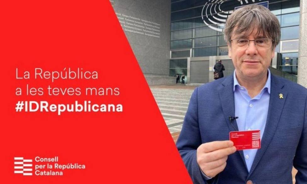 Puigdemont se levanta 306.000€ con su DNI independentista