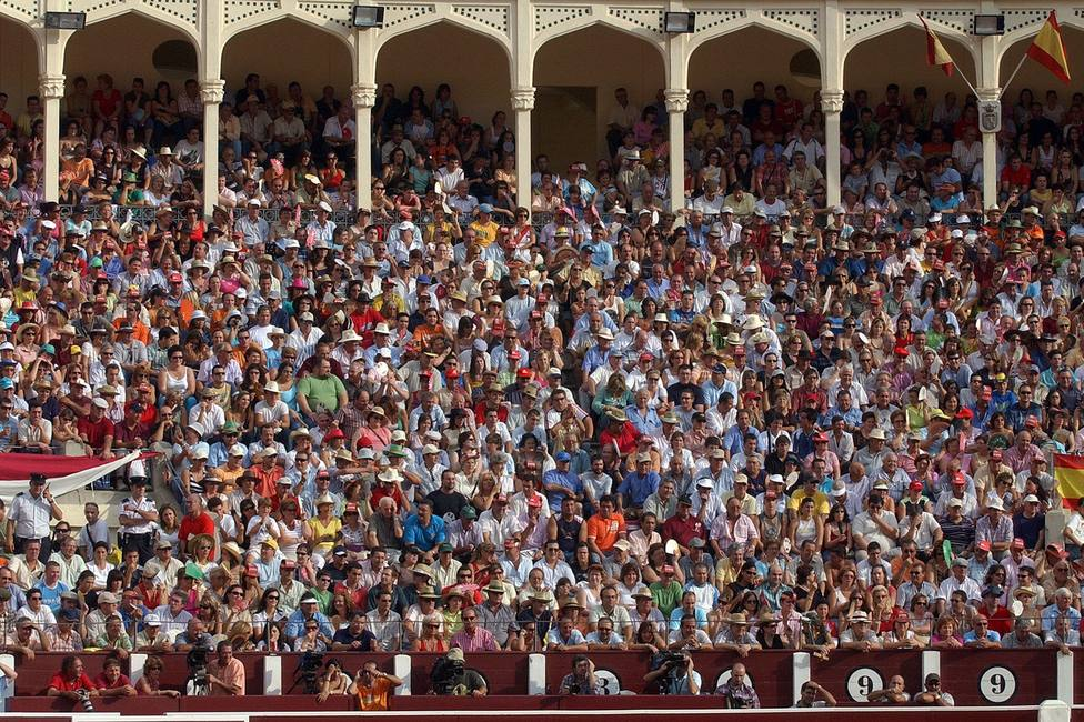 Tendido de la plaza de toros de Albacete. Manolo Podio