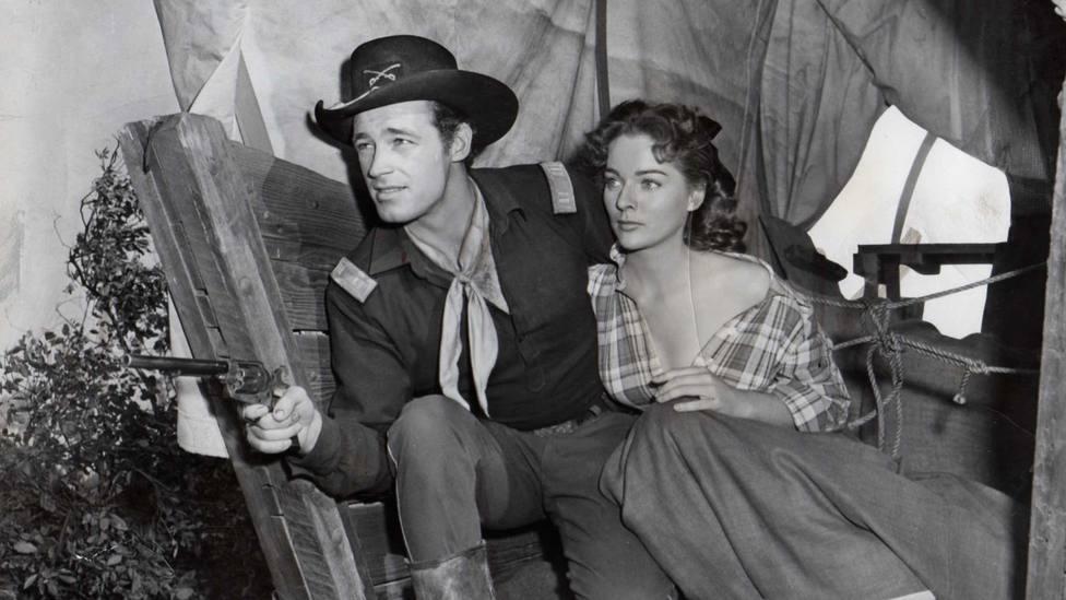 """Este lunes, disfruta en TRECE del western """"Retaguardia"""" con Guy Madison y Joan Weldon"""