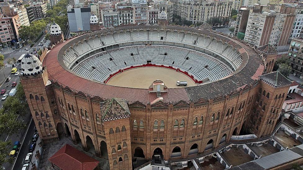 Vista aérea de la Monumental de Barcelona tomada días antes de su cierre en 2011