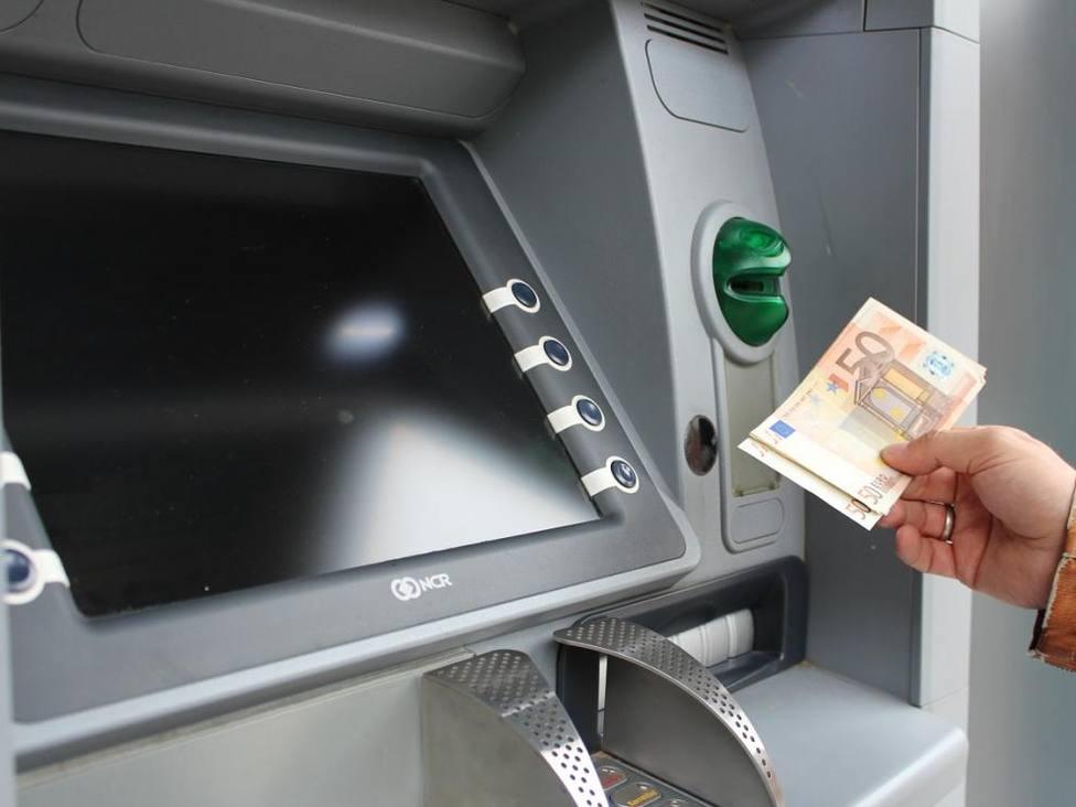 ctv-reo-cajero-automatico-cajeros-automaticos-banco-sacar-dinero-recurso