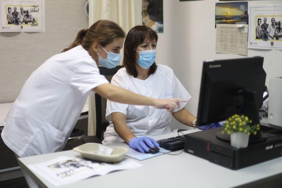 Arranca la temporada de gripe estacional: ¿podría contagiarme también de covid?