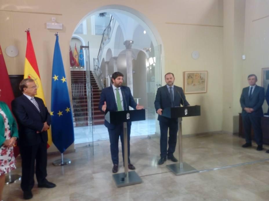 El Ministro de Fomento confirma que el próximo lunes llegará a Murcia el primer tren Híbrido