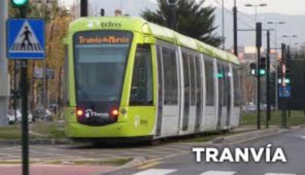 El tranvía bate su récord de viajeros en octubre con 609.740 usuarios y suma 32,5 millones desde su inicio