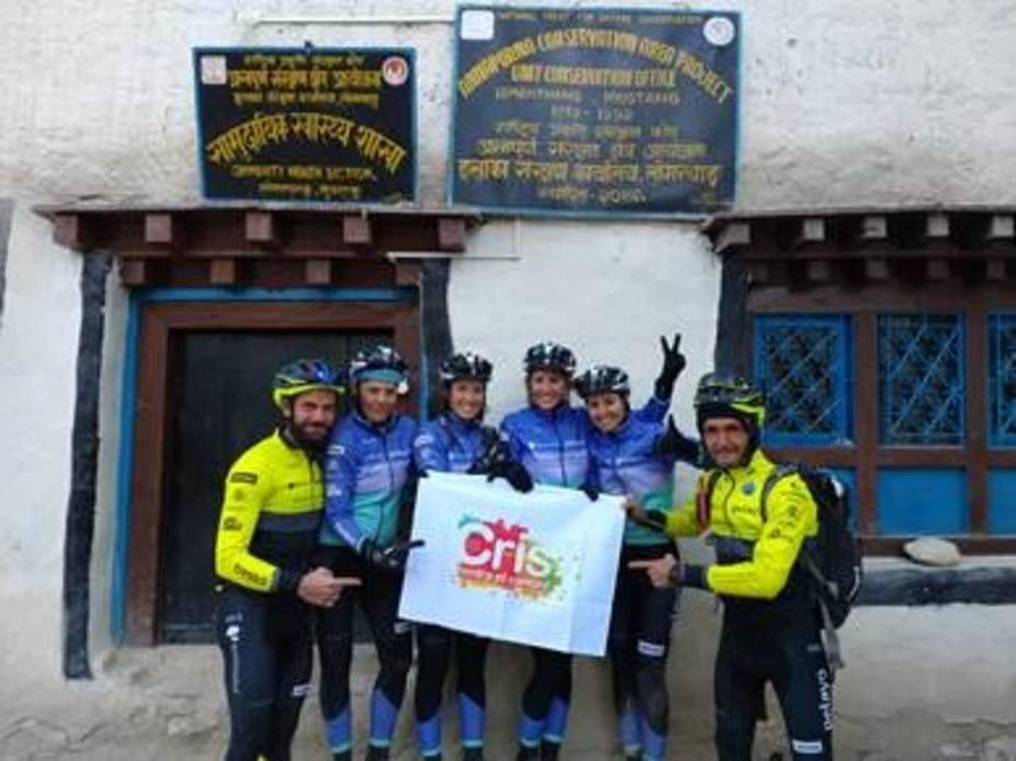 La Fundación CRIS Contra El Cáncer llega al Himalaya gracias al Reto Pelayo Vida 2018