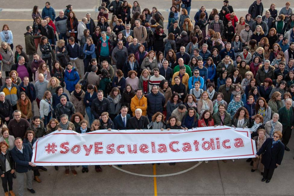 Escuelas católicas de León.