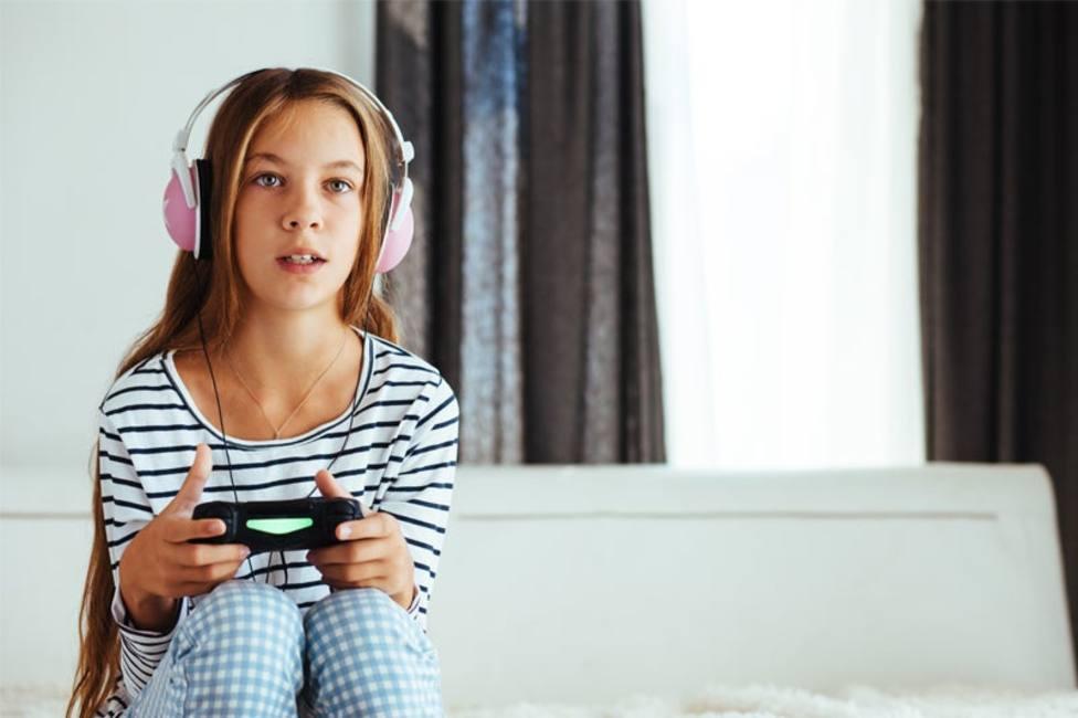 Las 5 claves para que tu hijo haga más deporte y no abuse de los videojuegos