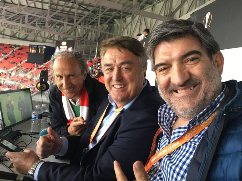Petón, Radomir Antic y Antonio Ruiz, durante una retransmisión de Tiempo de Juego