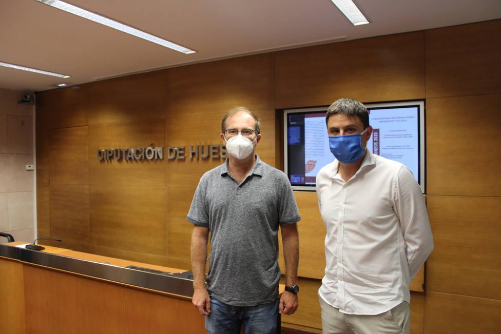 El diputado provincial Antonio Biescas, y, a su derecha, el director de la UIMP Pirineos, Alfredo Serreta