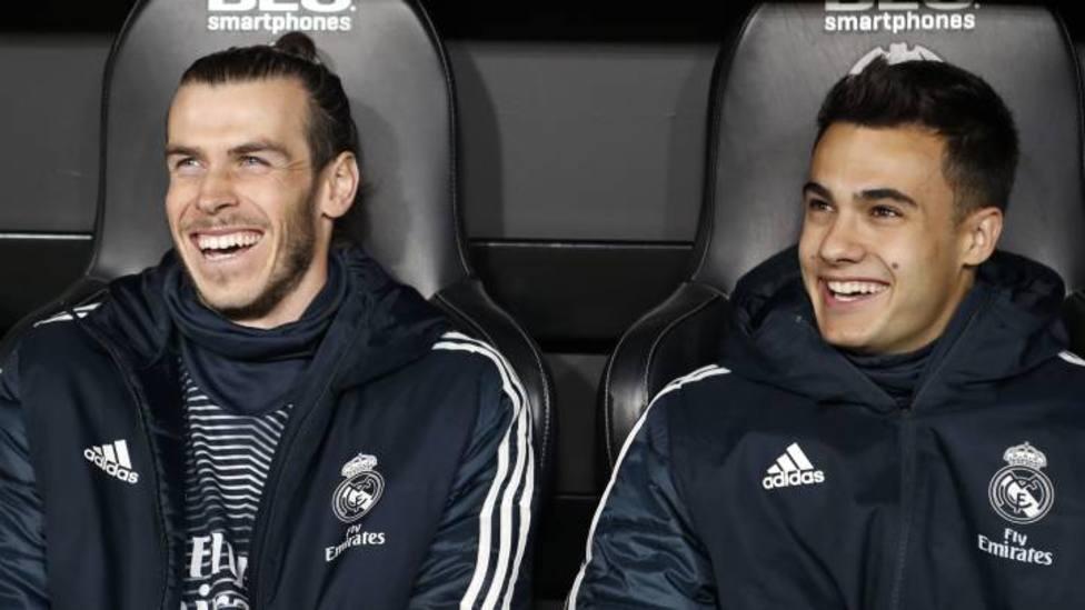 Bale y Reguilón, cerca del Tottenham