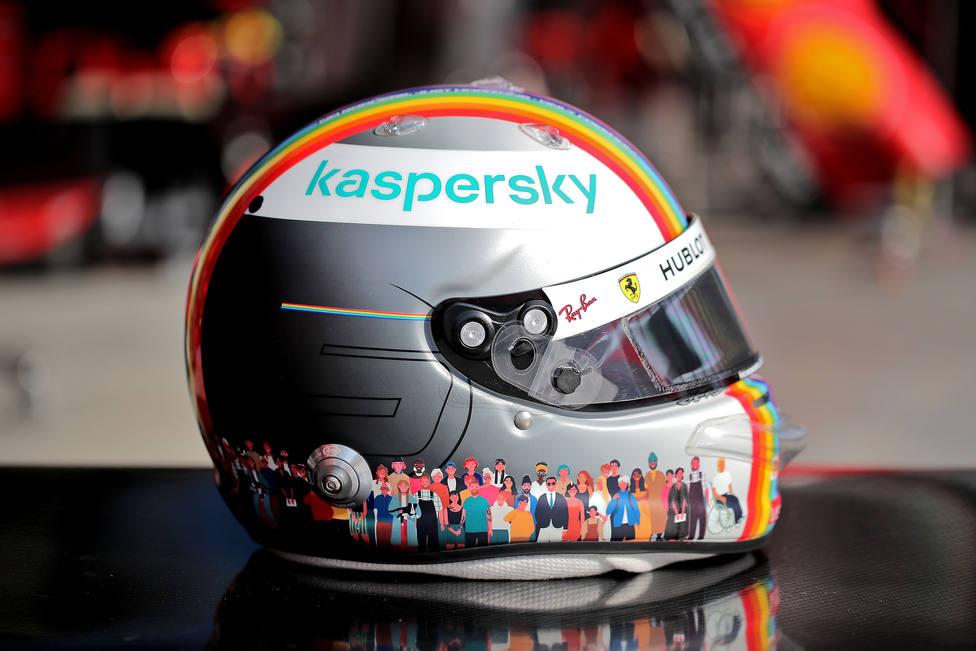 Vettel estrena casco arcoiris en Turquía con el lema Juntos como uno