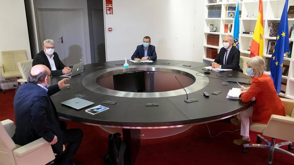 Conde espera que Alcoa y el comité desbloqueen la situación para avanzar en la venta