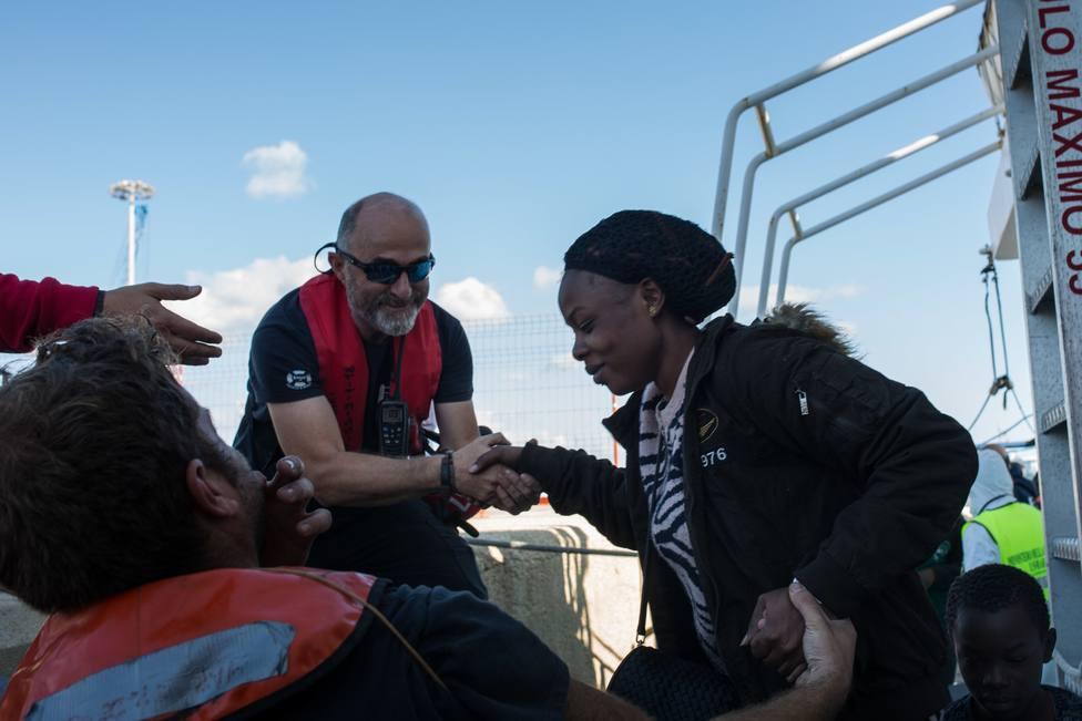Italia autoriza el desembarco del buque Aita Mari con un centenar de personas a bordo