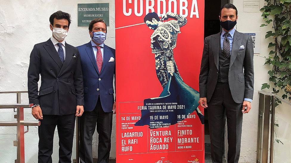 José María Garzón y Finito de Córdoba en la presentación de los carteles de la feria de mayo de Córdoba