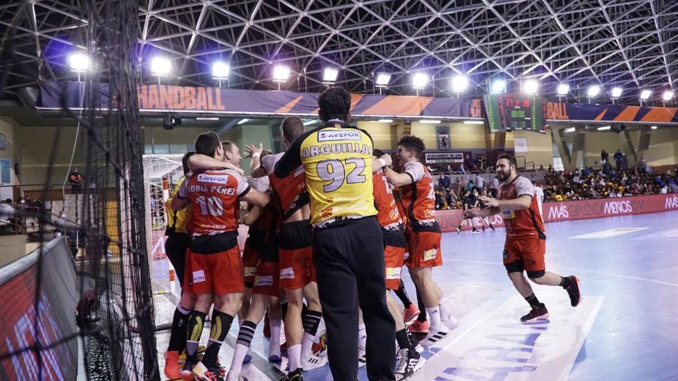 Huesca se lleva un triunfo de León que le puede valer jugar en Europa