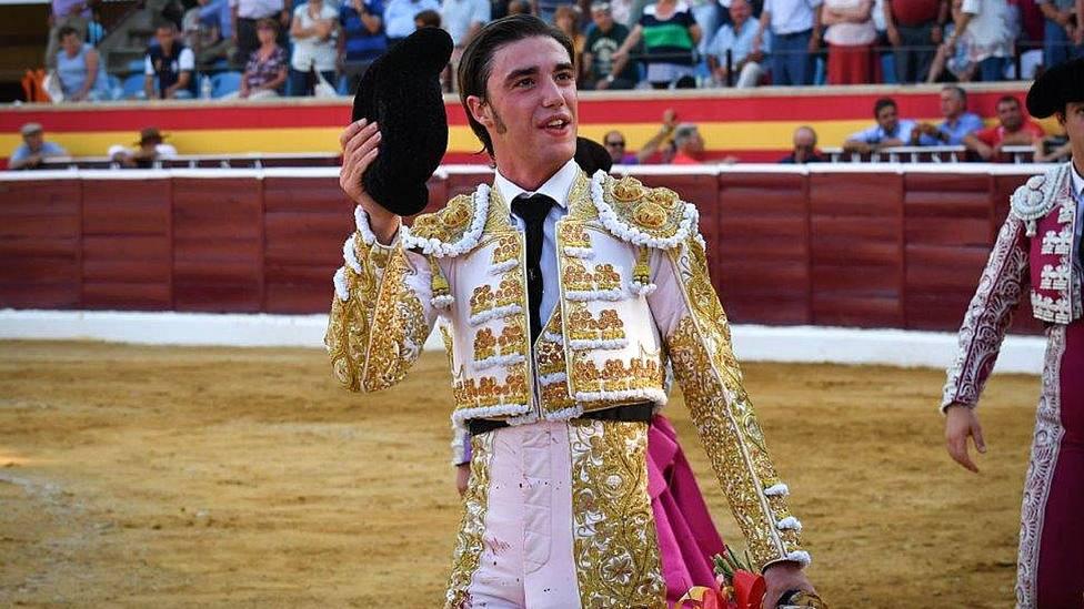 El novillero Alejandro Gardel volverá a vestirse de luces el próximo 23 de mayo
