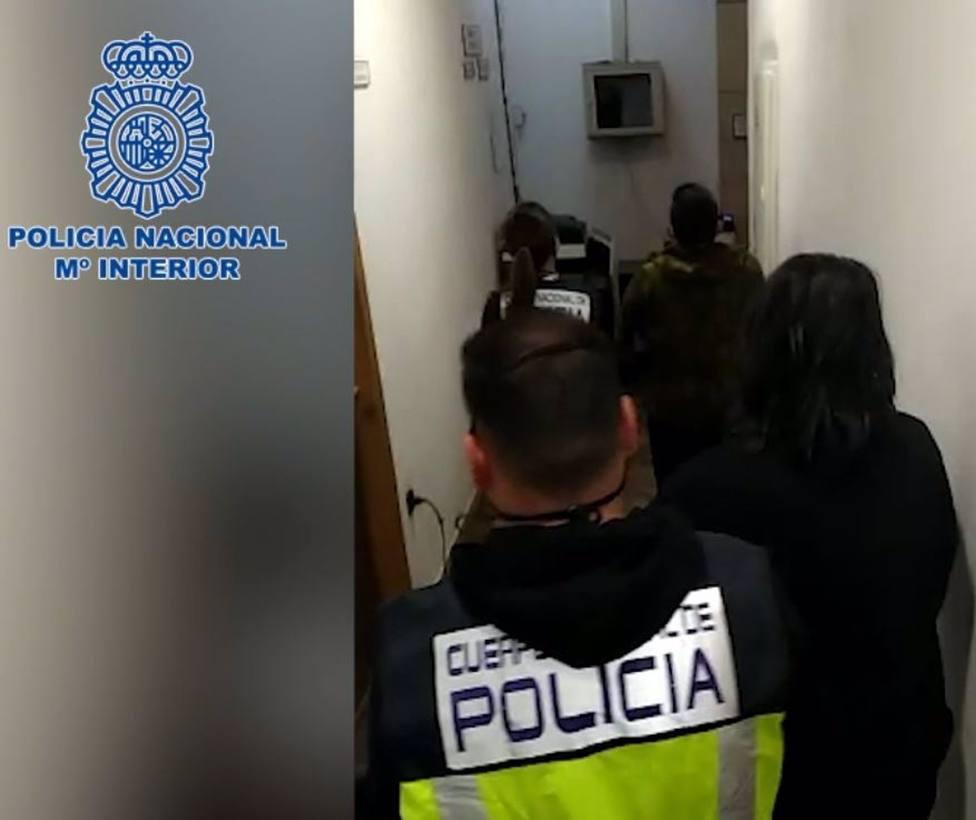 Málaga.- Sucesos.- Detenidos dos hermanos, arrestados hace días por robos, tras pedir a víctima que no declare en contra