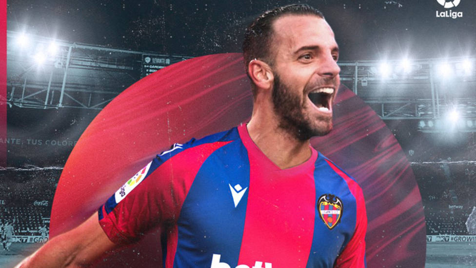 Roberto Soldado firma por el Levante hasta junio de 2023