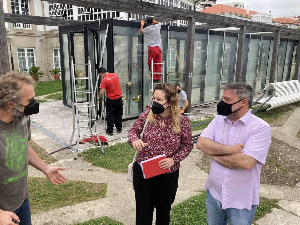 La concejala Ana Lamas y César Carreño visitaron las obras. FOTO: Concello Ferrol