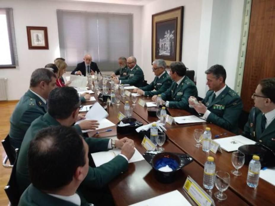 El Director Deneral de la Guardia Civil ha vistado la Comandancia de Teruel