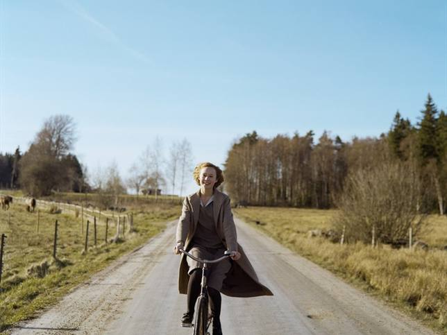 La película Conociendo a Astrid recupera los años difíciles de la transgresora autora de Pippi Calzaslargas