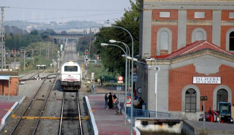El comité de empresa de ADIF pide a los partidos no hacer política con el tren