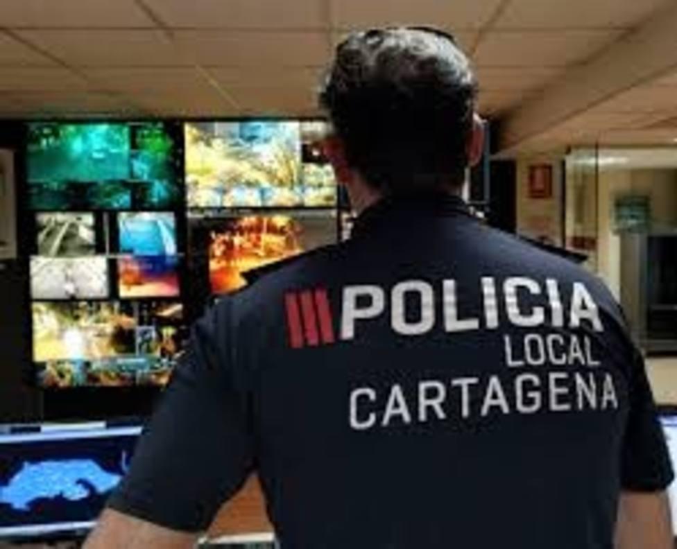 Los cartageneros pagan por usar el 092