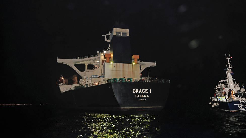 Reino Unido ofrece a Irán la devolución del superpetrolero Grace 1 si garantiza que no llegará a Siria