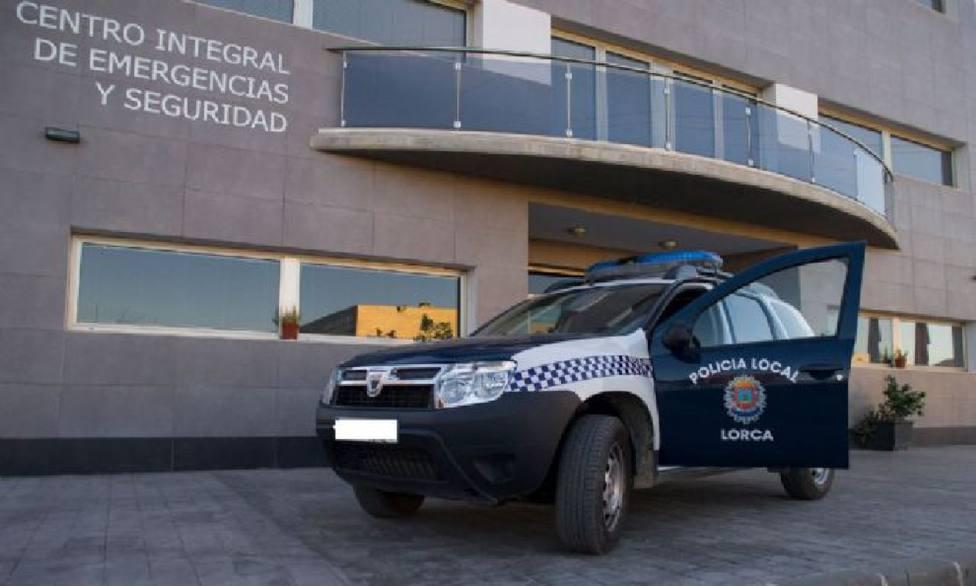 La Policía Local de Lorca detiene a un hombre por robo con fuerza en el interior de una nave industrial