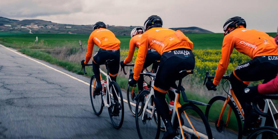 Euskaltel vuelve a patrocinar al equipo ciclista de la Fundación Euskadi