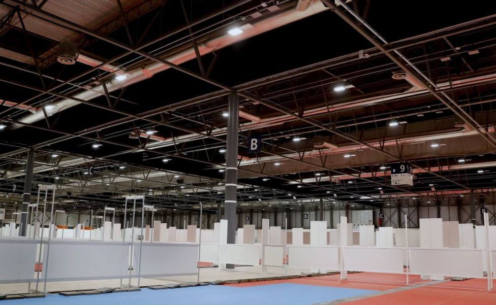 Barcelona prepara cuatro hospitales de campaña en polideportivos