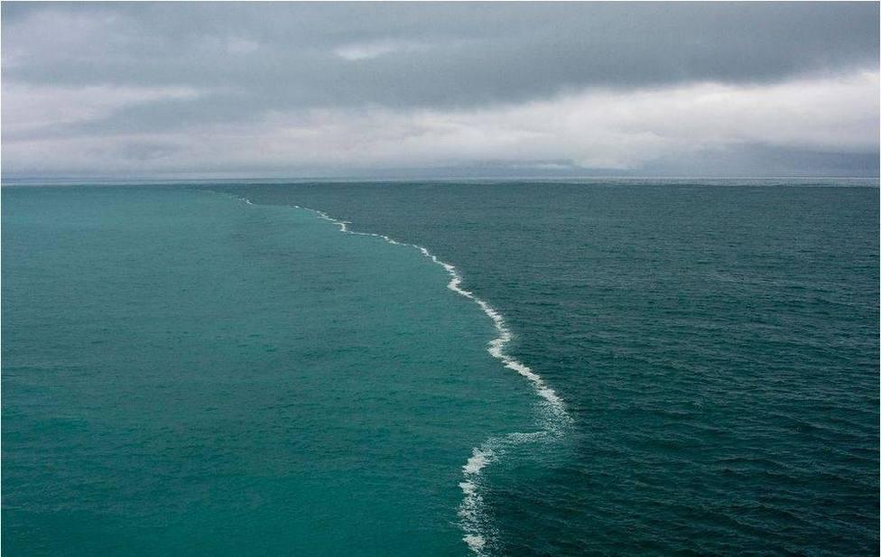 ¿Por qué las aguas el Océano Atlántico y Pacífico nunca llegan a mezclarse?