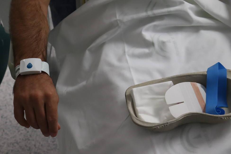 El Hospital de Poniente implanta un sistema digital para la localización en tiempo real de pacientes