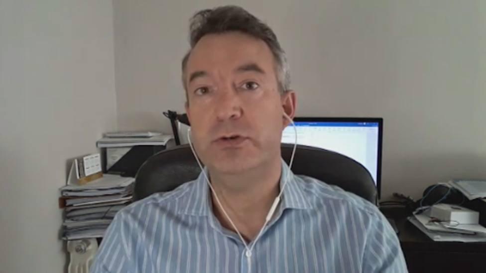 El doctor Carballo da las claves sobre los próximos meses en España y deja a todo el mundo sin palabras