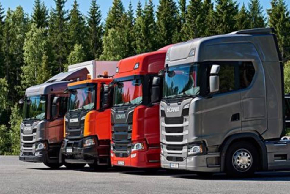 Unos 300 camioneros dormirán en un aparcamiento de Minglanilla (Cuenca)
