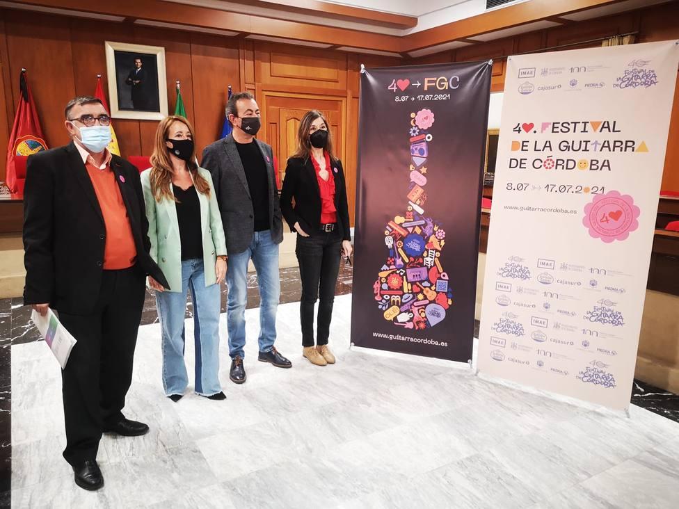 Calamaro, Loquillo y Maikel de la Riva, algunos de los atractivos del 40º Festival de la Guitarra