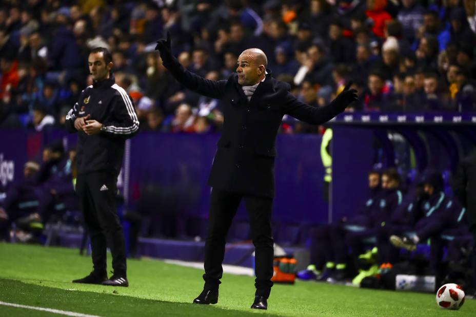 Paco López: El Atlético es un rival temible con señas de identidad de equipos menos grandes