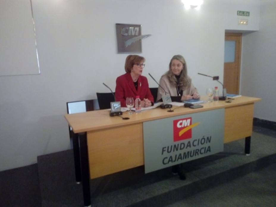 UNICEF Murcia presenta a los grupos poíticos propuestas para la infancia y la adolescencia