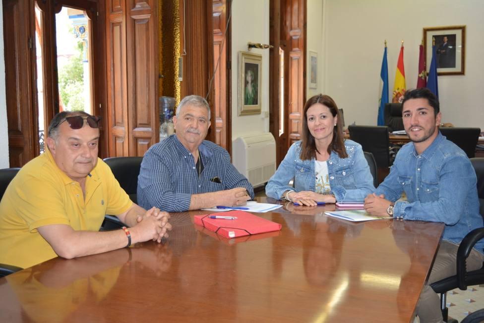 Ayuntamiento y Federación de Peñas firman convenio para el mantenimiento y renovación del Museo del Carnaval