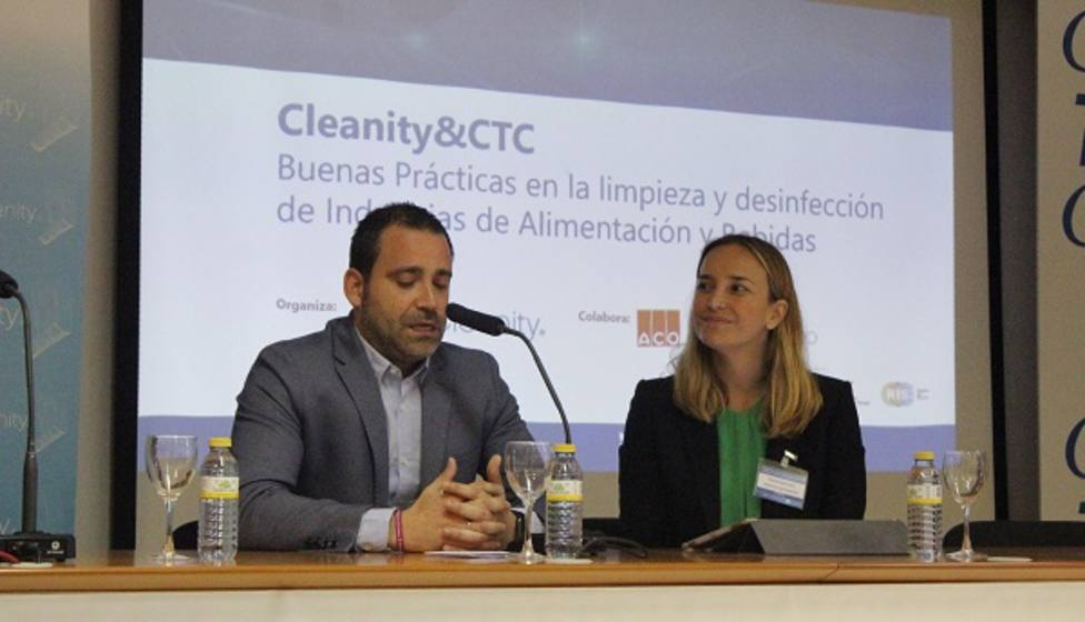 Murcia reúne a cien representantes de empresas nacionales y locales en el Día de la Seguridad Alimentaria