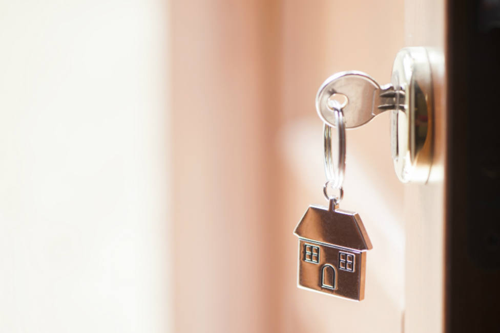 La venta de viviendas cae un 9% en junio y cierra un primer semestre plano